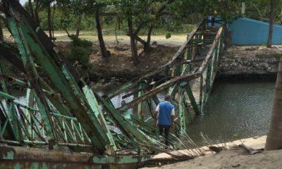 Colapsa puente minutos después que turistas se hicieran fotos