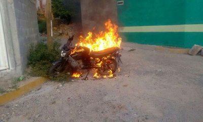 queman-motocicleta