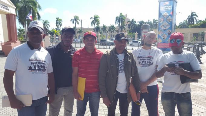 militares-dominicanos-que-estuvieron-en-la-guerra-de-irak-exigen-les-entreguen-beneficios