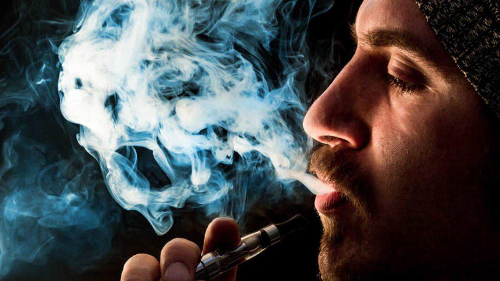 vapor-de-cigarro-electronico-191219-1024x576