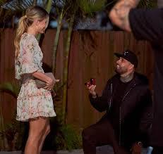 -5e480ecb5a8f7--5e480ecb5a8faVideo Nicky Jam le pide matrimonio a su novia en San Valentín, y todo queda registrado.jpg