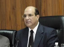 Castaños dice consultó al presidente Danilo Medina