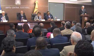 EN VIVO JCE y delegados discuten convocatoria a elecciones 6 de marzo