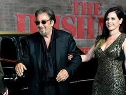 """La novia de Al Pacino termina su relación con el actor por """"viejo"""" y """"tacaño"""""""