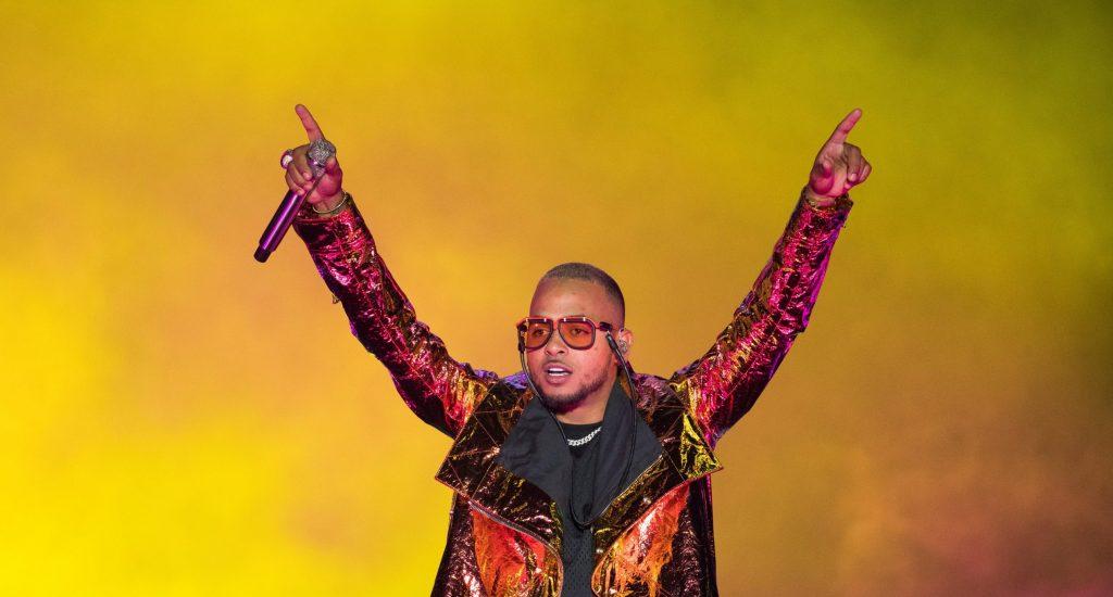 Ozuna enamora dominicanos con el inicio de su gira en San Valentín; acuden 50 mil al concierto