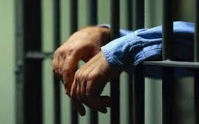 Sentencian a 20 años a padre violó su hija