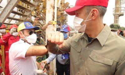 El primero de los buques iraníes con gasolina llega a puerto venezolano