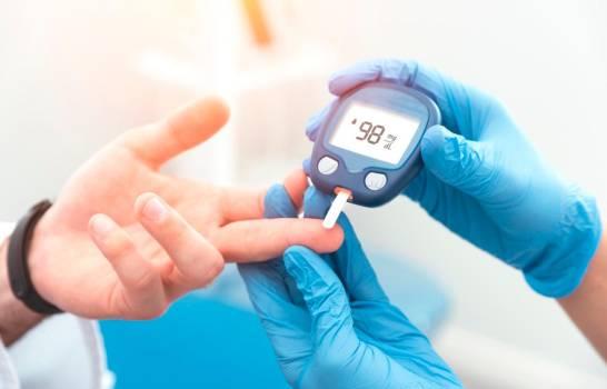 Control de pacientes diabéticos cobra mayor importancia durante COVID-19