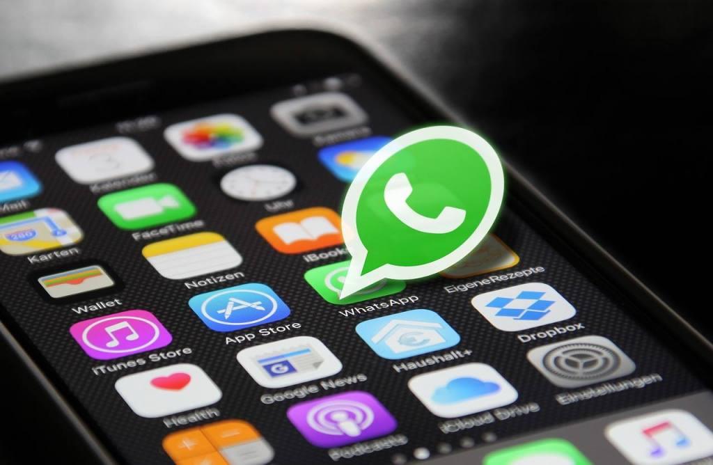 WhatsApp sufre un fallo técnico no se muestra la hora de última conexión y si el usuario está activo