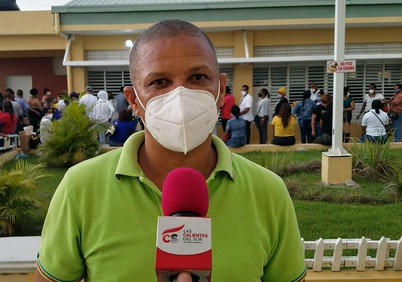 ``Una Catastrofe´´ entrega de computadoras a profesores de San Juan